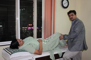 Patient Examination|Dr Nakul Shah|Karve Road ,Pune